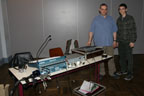 A la Salle Culturelle de Colfontaine : Daniel et Bryan au poste pour la régie.<br />(Photo : Daniel Ballez)